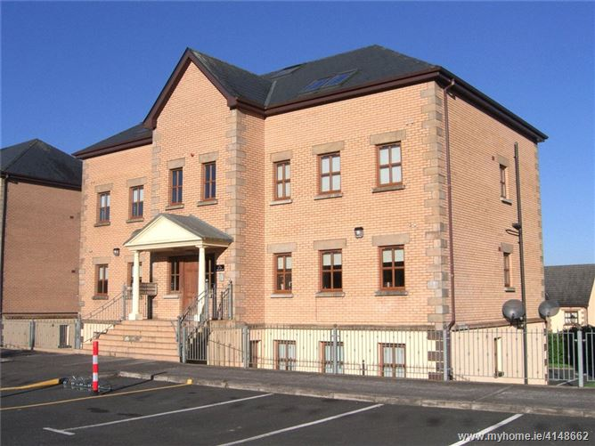 15 French Halls, Prospect Woods, Longford Town