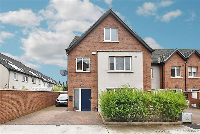 35 Brandon Square, Waterville, Blanchardstown, Dublin 154, D15 RC03.