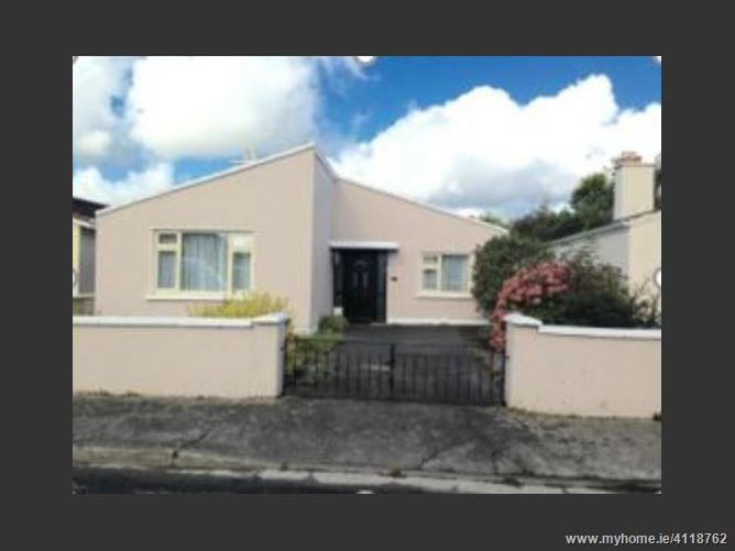 Photo of 33 Woodlands, Tralee, Kerry
