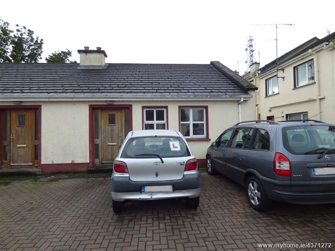 12A Mayfield Court, Creagh Road, Ballinrobe, Mayo