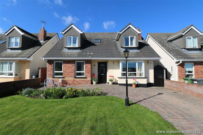 16 Castlemartin Avenue, Bettystown, Meath