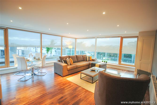 Penthouse, Booterstown Wood, Booterstown Avenue, Booterstown, Dublin