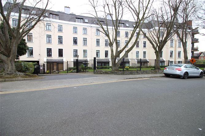Main image for Apartment 9 Crescent House, Clontarf, Dublin 3