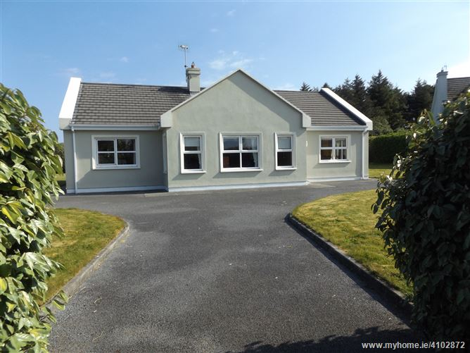 9 The Tuirlings, Louisburgh, Mayo