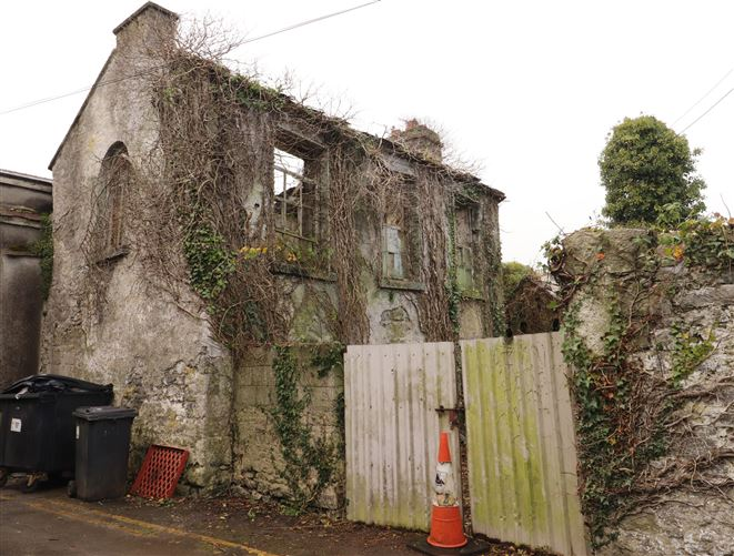 Main image for Flanagans Archway OFF Society Street, Ballinasloe, Galway