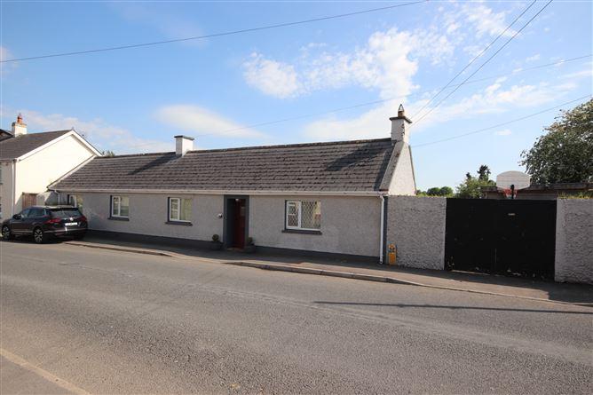 """Main image for """"The Cottage"""", Ballitore, Kilcullen, Kildare, R14KX40"""
