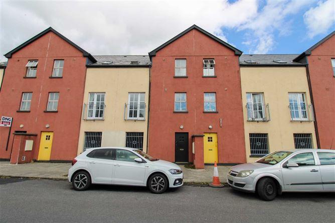 Main image for 28 Culgara, Teeling Street, Ballina, Mayo