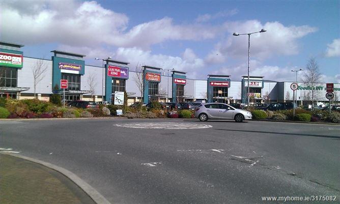 Poppyfield Retail Park, Clonmel, Co. Tipperary