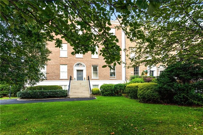 Main image for 2 Waterloo Road, Ballsbridge, Dublin 4