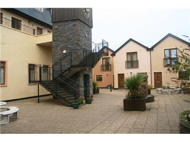 16 Clifden Court, Market Hill, Clifden, Galway