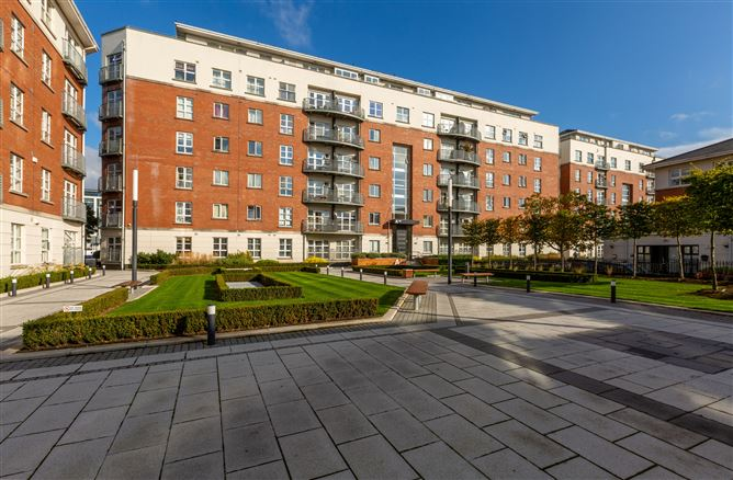Main image for 95 The Waterside, Charlotte Quay, Grand Canal Dk, Dublin 4
