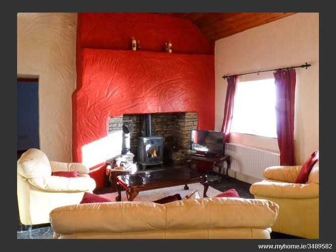 Pakes Cottage,Pakes Cottage, Pakes Cottage, Clahane, Liscannor, County Clare, Ireland