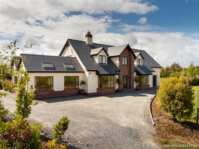 Residence Set on c. 6.5 Acres at Ballinamorragh, Curracloe, Wexford