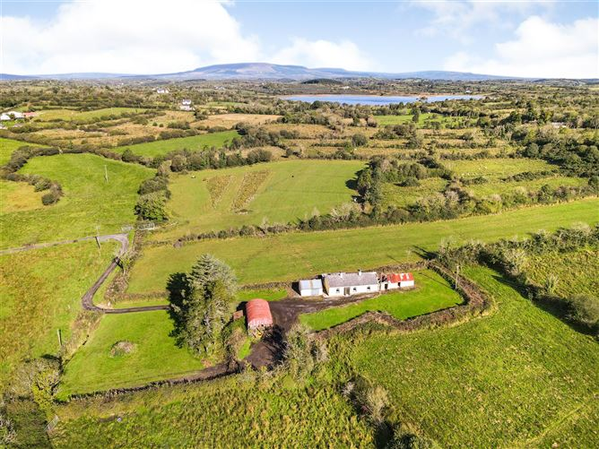 Main image for Ardlougher,Carrick On Shannon,Co Leitrim,N41 Y6D0
