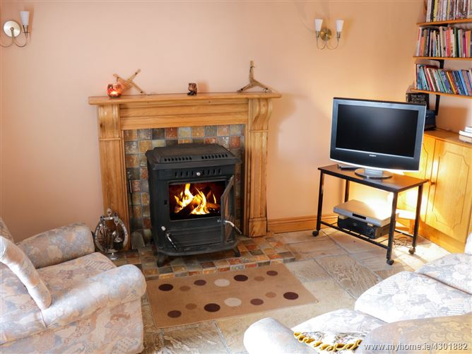 Main image for Fuschia Cottage,Fuschia Cottage, Trummon, Laghey, Donegal, F94 V3P1, Ireland