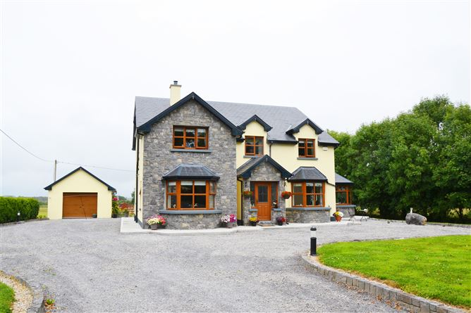 Main image for Malberry House, Springlawn, Mount Bellew, Galway