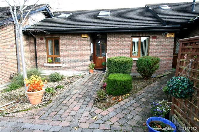 Property image of 32 Moorehall Village, Ardee, Louth