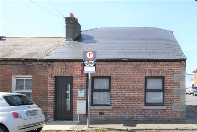 Main image for 5 Carysfort Road, Dalkey, Co.Dublin A96 RR68.