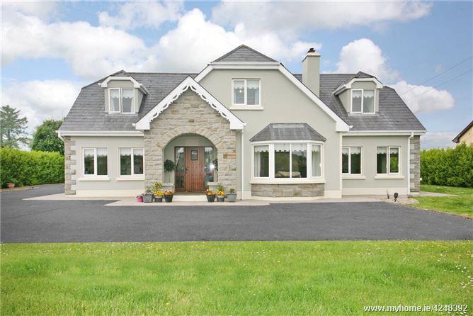 Dromvale, Breaffa West, Lissycasey, Ennis, Co. Clare