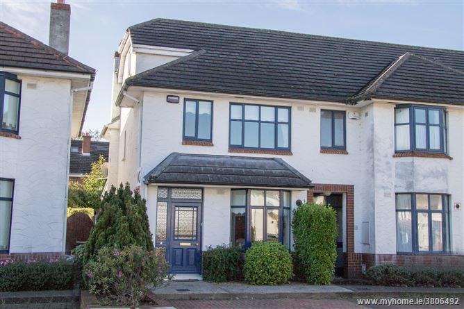 14 Brookfield Green, Kimmage, Dublin 12
