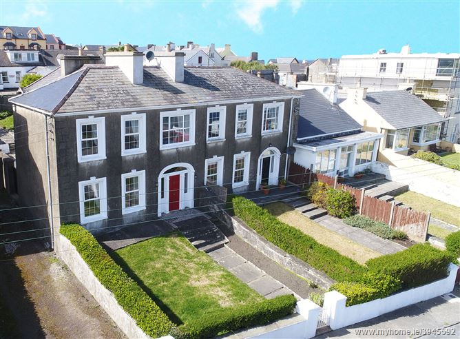 Photo of 1 Rockmount , West End, Kilkee, Clare