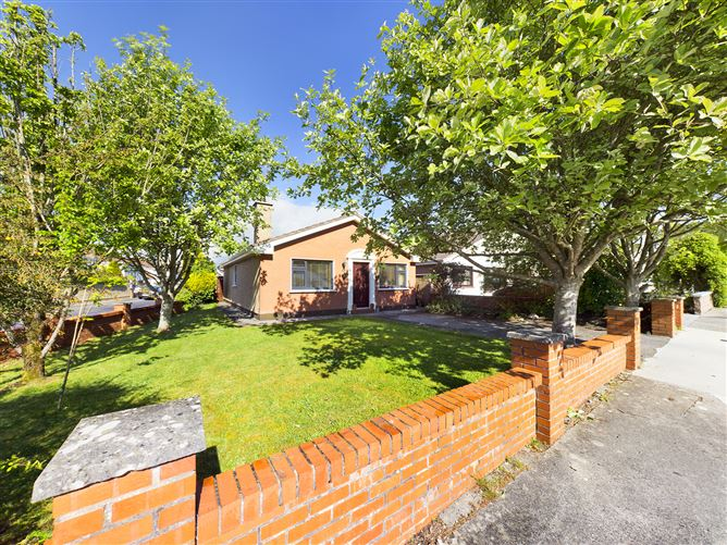 Main image for 52 Oakfield Estate, Oranmore, Galway, H91HFF8