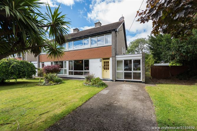 21 Lakelands Crescent, Stillorgan, County Dublin