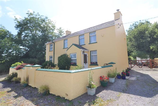 Main image for Knocknanuss, Pedlars Cross, Ballinascarthy, Clonakilty, West Cork