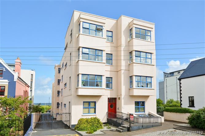 16 Galway Bay Apartments, Salthill, Galway