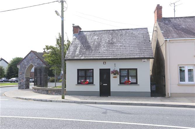 Main image for 'Teach Beag',Main Street,Castlebellingham,Co Louth,A91 XRN5