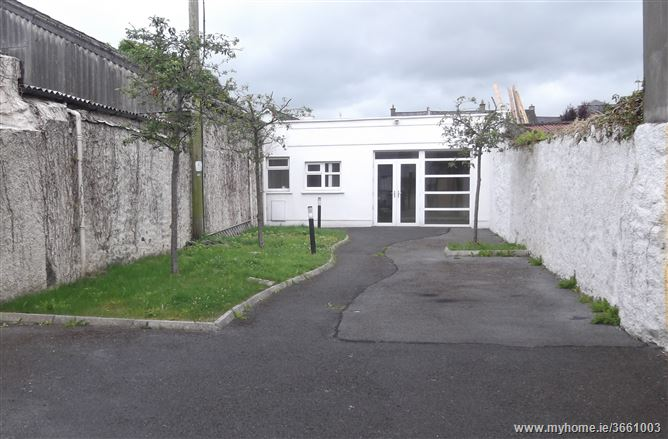 45 New Street, Carrick-on-Suir, Tipperary