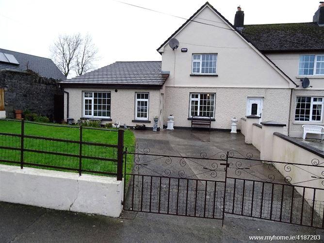 32 Collins Park, Callan, Kilkenny, R95 FC61