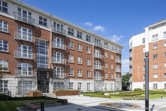 Apartment 105, Block B/C, The Waterside, Grand Canal Dk, Dublin 4