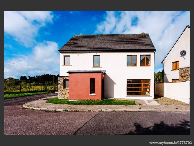 9 Castlerock, Meadowlands, Macroom, Cork