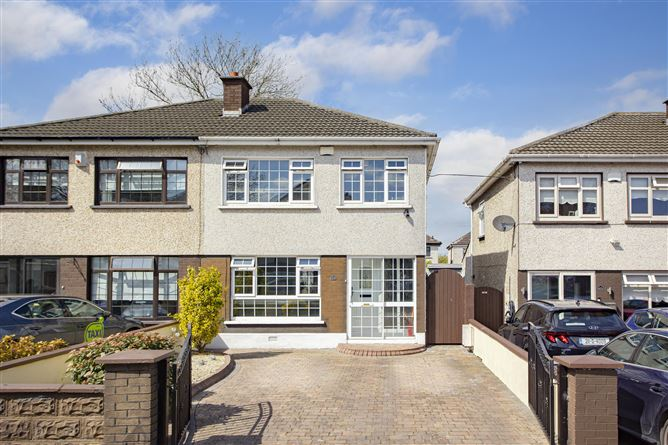 23 Ashfield Avenue, Kingswood,   Dublin 24