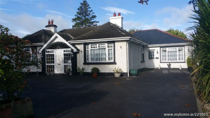 Cregg-Clare House, Circular Road, Roscommon Town, Co. Roscommon