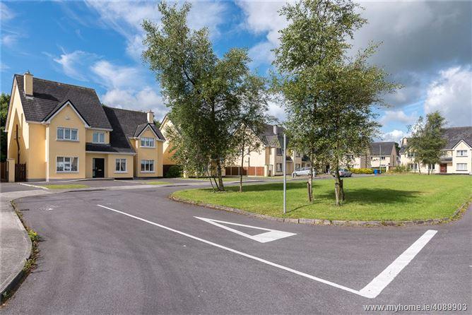 No 6 The Oaks, Frenchpark, Co. Roscommon
