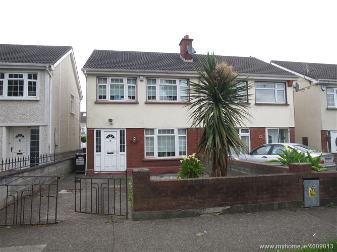 33 Huntstown Drive, Clonsilla, Dublin 15