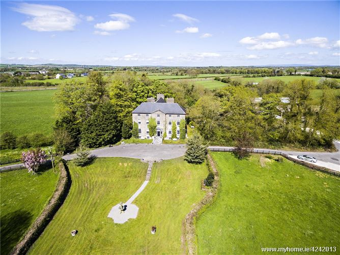 Lissaniskey House, Lissaniskey, Nenagh, Co. Tipperary, E45 VW88