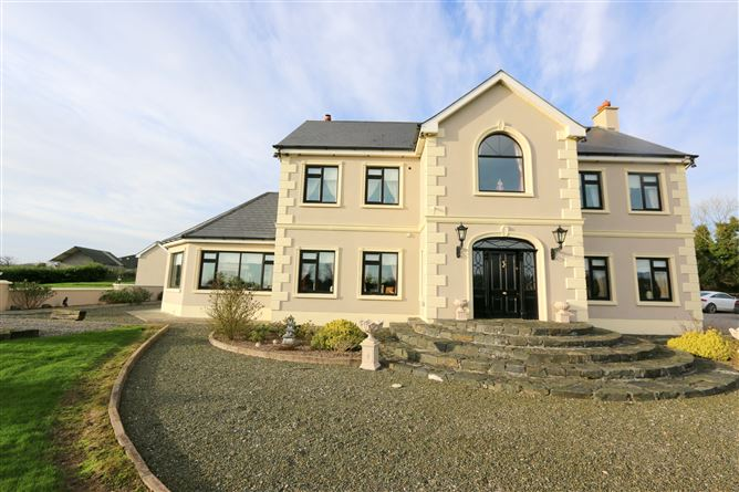 House, Workshop and 8 acres, Oriel Road, Collon, Louth