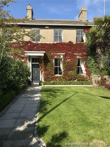 2 Munster Terrace, Breffni Road, Sandycove, County Dublin
