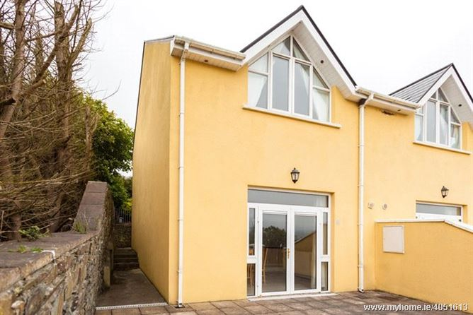 8 Courtyard Cottages, Barley Cove, Goleen, Co Cork