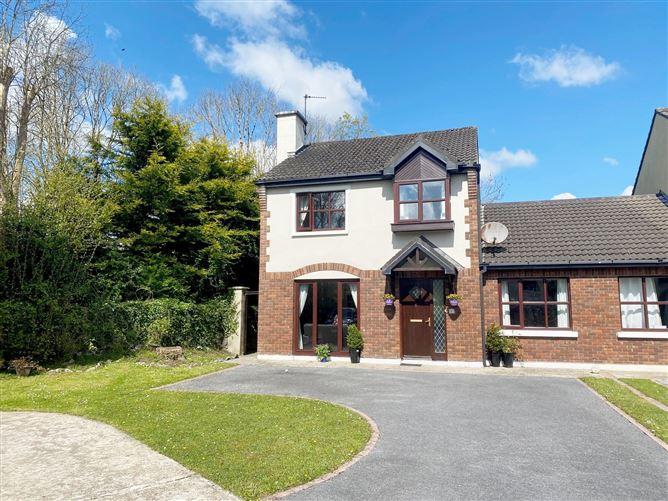 Main image for 6 Woodlands, Kilrush Road, Ennis, Clare, V95NH0C