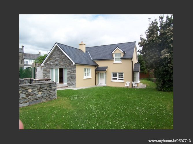 Bank House 7, Colla Road, Schull, Co. Cork