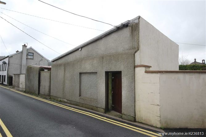Chapel Street, Carrick-on-Suir, Co. Tipperary
