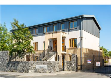 Photo of 4 Bradogue Court, North Circular Road, Dublin 7