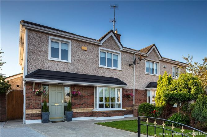7 The Crescent, Highlands, Drogheda, Co Louth, A92 W9X3