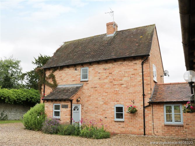 Main image for Pebworth Cottage,Pebworth, Worcestershire, United Kingdom