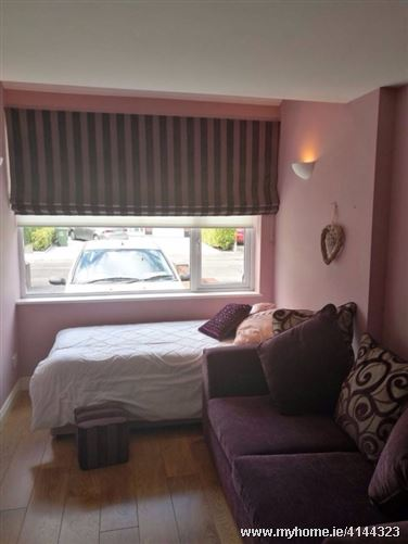 Perfect coastal student location, Portmarnock, Co. Dublin