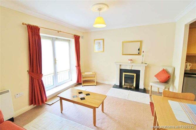 Main image for 44 Palmerstown Square, Palmerstown, Dublin 20